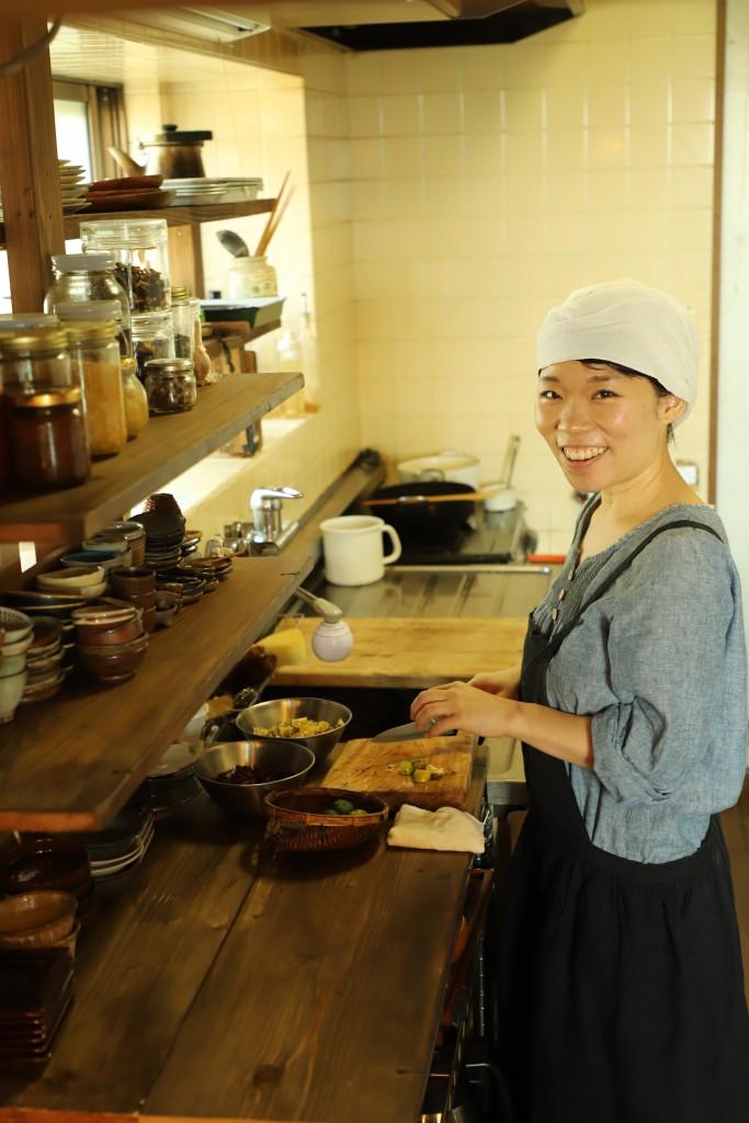 Asuka Takagi/Owner of Hiyoriya