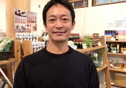 荒木政孝さん / お土産屋「ぷかり堂」オーナー